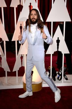 Hot men wear colorful suits to the OSCAR.