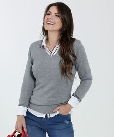 Suéter Feminino Decote V Manga Longa Marisa Office Looks, Work Looks, Feminism, Personal Style, Ideias Fashion, Turtle Neck, Pullover, Casual, Sweaters