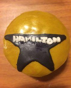 Hamilton cupcake I made!!!