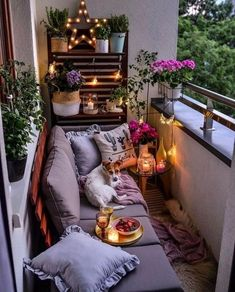 Bohemian Outdoor patio Bohemian Outdoor patio The post Bohemian Outdoor patio appeared first on Balkon ideen. Small Balcony Decor, Outdoor Balcony, Outdoor Decor, Balcony Garden, Patio Balcony Ideas, Small Balcony Design, Small Outdoor Spaces, Patio Ideas, Garden Plants
