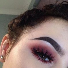 Discovered by Andrejja. Find images and videos about makeup, eyebrows and eyeshadow on We Heart It - the app to get lost in what you love.