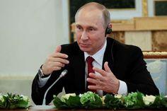 Putin avviser at Russland har vært involvert i hacking: Russlands president Vladimir Putin avviser kategorisk at den russiske stat er innblandet i hacking. Foto: AP / NTB scanpix