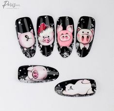 Pig nail art is in a high demand now. See the cutest nail designs with this year`s symbol! New Years Nail Designs, Winter Nail Designs, Christmas Nail Designs, Christmas Nail Art, Holiday Nails, Holiday Makeup, Pig Nail Art, Pig Nails, Animal Nail Art