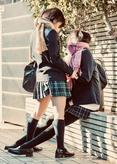 Japanese School Girl Cosplay Tired from all the walking
