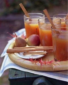 apple cidar+ cinnamin stix= <3 fall<3