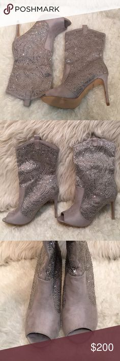 Grey Suede Sequin Peep Toe Bootie Size: 9 True to size  Color: Grey/Silver  Style: Bootie  Too big for me i have Size 8.5 they are very comfortable to dance and walk in  Peep Toe  4inch stiletto heel  Slouch Bootie  Sequin all over  Verrrrry pretty on, show stopper  New Never worn  Will ship same day - next day Lauren Lorraine Shoes Ankle Boots & Booties
