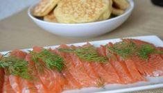 Rillettes de saumon faciles - cuisine lifestyle Fresh Rolls, Kale, Asparagus, Tapas, Buffet, Carrots, Hygge, Vegetables, Lifestyle