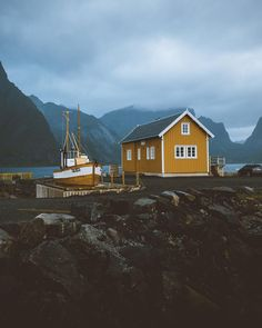 Lofoten with Giulia Woergartner Beautiful Norway, Beautiful Homes, Beautiful Places, Lofoten, The Places Youll Go, Places To Go, Norway House, Interior Exterior, Adventure Is Out There