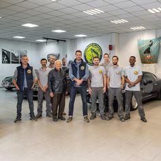 Team. #artisanat #savoirfaire #artisanatfrancais #automobile #carrossierpeintre #carrosserie #nimes #languedocroussillon #gard #supercar… Languedoc Roussillon, Automobile, Instagram, French Crafts, Car, Autos, Cars