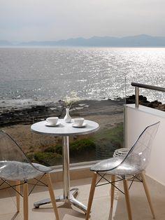 ALAS RESORT & SPA στο www.GamosPortal.gr #honeymoon #γαμήλιος προορισμός Dining Table, Furniture, Home Decor, Decoration Home, Room Decor, Dinner Table, Home Furnishings, Dining Room Table, Home Interior Design