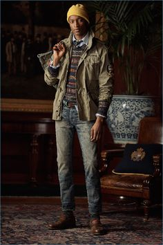 Front and center, Oliver Kumbi wears POLO Ralph Lauren. Preppy Mens Fashion, Tomboy Fashion, Preppy Look, Preppy Style, Ralph Lauren Style, Polo Ralph Lauren, Ivy League Style, The Fashionisto, Mens Fall