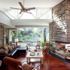 Mid Century Modern Living Rooms Design Ideas, Pictures, Remodel, and Decor