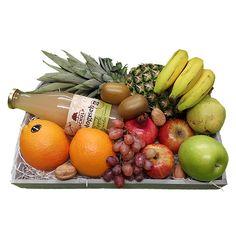 Quality Fruit Baskets. Fruitschaal Vruchtensap  1x Ananas  1x fles  Schulp vruchtensap biologisch 0.75 L.  2x Appels groen  2x Appels rood  3x Banaan  2x Kiwi  1x Druiven  1x Peer  1x Granaatappel  2x Sinaasappel