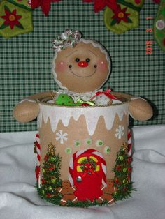 Felt Gingerbread Candy and Cookie Holder u could do this with paint can put t. in for xmas bath room Felt Christmas Decorations, Felt Christmas Ornaments, Christmas Fun, Gingerbread Crafts, Christmas Gingerbread Men, Christmas Projects, Felt Crafts, Holiday Crafts, Christmas Sewing
