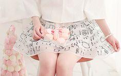 。.:*・°☆кαωαιι fαѕнισи。.:*・°☆ Cute Asian Fashion, Japanese Fashion, Korean Fashion, Hair Turning White, Skirt Fashion, Fashion Dresses, She Is Clothed, Ulzzang Fashion, Shirt Skirt