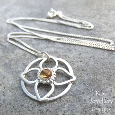 Citrine Sterling Silver Flower Circle Pendant | Wirework and metalwork design