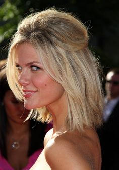 Brooklyn Decker short hair