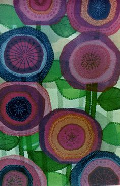Applique Blooms I am obsessed with fabric art Art Textile, Textile Patterns, Print Patterns, Stoff Design, Cow Painting, Flower Quilts, Arte Floral, Art Graphique, Contemporary Quilts