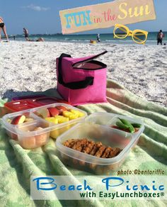 Sarah of Bentoriffic packs up EasyLunchboxes for yummy meals at the beach