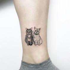 85 Meaningful Ankle Tattoo Ideas for Women - Tattoo Blackwork - Minimalist Tattoo Cute Ankle Tattoos, Cute Cat Tattoo, Cute Tattoos, Body Art Tattoos, Cat Portrait Tattoos, Kitten Tattoo, Tatoos, Orca Tattoo, Hamsa Tattoo