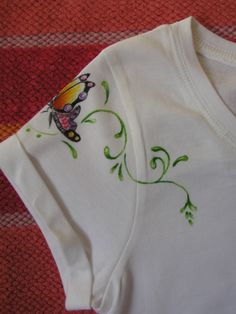 camiseta+mariposa+esquina+adulto.+detalle+hombro.JPG (1200×1600)