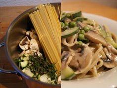 Einfacher geht es nicht: Alle Zutaten gleichzeitig in einen Topf geben, 10 Minuten kochen und fertig ist die One-Pot-Pasta! Wie das funktioniert? Hier klicken!
