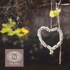 Location preparata per matrimonio in primavera http://www.nozzemeravigliose.it/matrimonio/location/caserta/villa-althea/75