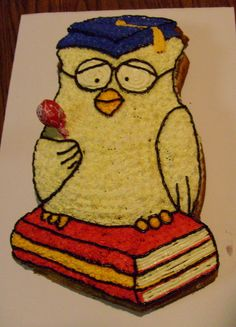 Owl cake of the Day...Graduation 8 how many licks?