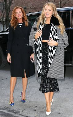 Blake Lively & Robyn Lively The actress and her sister make a fashionable entrance into their New York City hotel - February 2017