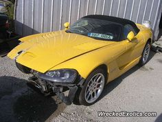 Dodge Viper crashed