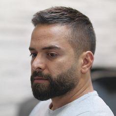 New coiffure - Beard Tips Short Beard, Short Hair Cuts, Short Hair Styles, Beard Haircut, Fade Haircut, Men Haircut Short, Beard Tips, Boy Hairstyles, Classic Mens Hairstyles