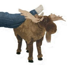 AND THIS FREAKING MOOSE FOOTSTOOL. | 21 Adorable Moose Products For Anyone Who Just Loves Moose