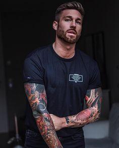 25 Best Long Beard Styles That Popular Nowadays - Wass Sell Sexy Tattooed Men, Bearded Tattooed Men, Bearded Men, Bart Tattoo, Tattoo Boy, Long Beard Styles, Hot Guys Tattoos, Guys With Tattoos, Men Tattoos