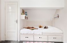 http://www.fromscandinaviawithlove.com/post/31388873079/photo-from-hus-hem