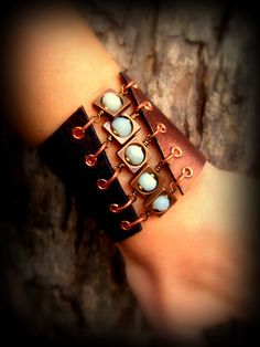 Unique Handcrafted Leather Jewelry Corset | http://awesomewomensjewelry.blogspot.com