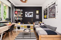 The black color of the walls defines the style of the teenager's room. Despite the black walls, the room is not gri Small Room Interior, Office Interior Design, Small Rooms, Teen Boy Rooms, Teenage Room, Girly Bedroom Decor, Room Ideas Bedroom, Deco Kids, Small Home Offices