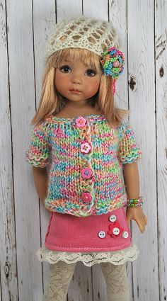 Inspiration only /// Crochet Doll Clothes, Knitted Dolls, Girl Doll Clothes, Doll Clothes Patterns, Girl Dolls, Pretty Dolls, Beautiful Dolls, Effanbee Dolls, Our Generation Dolls