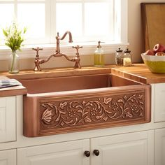 Buy the Signature Hardware 318918 Antique Copper Direct. Shop for the Signature Hardware 318918 Antique Copper Vine Design Farmhouse Single Basin Copper Kitchen Sink and save. Copper Farmhouse Sinks, Farmhouse Sink Kitchen, New Kitchen, Farmhouse Style, Farmhouse Design, Farm Sink, Copper Kitchen Sinks, Tuscan Kitchen Decor, Farmhouse Decor