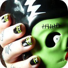 ✝✝✝Gnarly Gnails✝✝✝