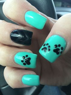 Terrific Paw print nails The post Paw print nails… appeared first on Nails . Fancy Nails, Cute Nails, Pretty Nails, Paw Print Nails, Dog Nails, Dog Nail Art, Country Nails, Nails For Kids, Toe Nail Designs