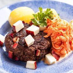 Äppelbiffar med morotstzatziki och kokt potatis - Recept - Tasteline.com Cheap Meals, Cheap Food, Mashed Potatoes, Healthy Recipes, Healthy Food, Beef, Dinner, Ethnic Recipes, Diabetes