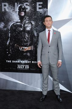 "Joseph Gordon-Levitt Photo - ""The Dark Knight Rises"" New York Premiere - Inside Arrivals"