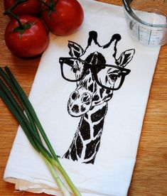 Dish Towel – Cotton Flour Sack Kitchen Towel – Dark Chocolate Brown Giraffe Cotton Hand Towel – African Animals – Giraffe with glasses towel – Cute and Trend Towel Models Dish Towels, Hand Towels, Tea Towels, Towel Animals, Cut Animals, African Theme, Kitchen Models, Flour Sack Towels, African Animals