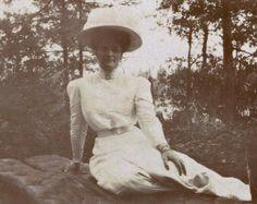 Alexandra, 1910