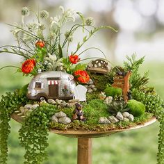 Miniature fairy gardens 115967759141736552 - Mini Fairy Garden Camper House, Fairy Garden Miniature, RV Motorhome, Camper Trailer, Recreational V Source by lenkaland Indoor Fairy Gardens, Mini Fairy Garden, Fairy Garden Houses, Diy Garden, Gnome Garden, Miniature Fairy Gardens, Garden Crafts, Garden Ideas, Fairies Garden