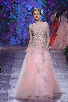 Jyotsna Tiwari. BMW IBFW 15'. Indian Couture.