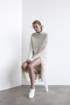 simplistic-serendipity: if you're looking for cool, cheap clothes for summer i highly recommend this online boutique my babes xx Chic Minimalista, Look Fashion, Womens Fashion, Normcore, Vogue, Minimal Fashion, Minimal Chic, Minimal Classic, Looks Cool