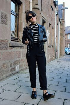Pants Casual S Women Trousers Stretch Leg Wide Long Palazzo Hot Bohemian Loose Womens Stretchy Yoga Athletic Gym Comfy Foldover. Street Style Outfits, Looks Street Style, Fall Outfits, Casual Outfits, Cute Outfits, Grunge Outfits, Doc Martens Outfit, Look Fashion, Winter Fashion