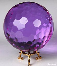 Gorgeous! (Glass Crystal Faceted Ball)