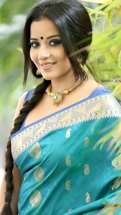 She has done over 125 Bhojpuri films.Indian show Bigg Boss 10 in is currently playing the negative role of Mohana in Star Plus'Nazar'. Beautiful Girl Indian, Most Beautiful Indian Actress, Beautiful Saree, Beautiful Actresses, Beauty Full Girl, Beauty Women, Bhojpuri Actress, Tamil Actress, Bollywood Actress